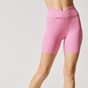 Year of Ours V Waist Ribbed Shorts in Pink M
